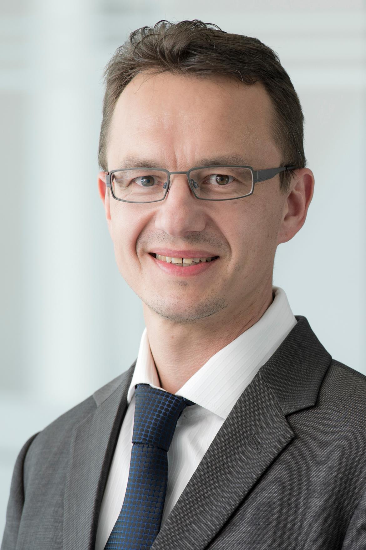 Foto von Dr. Bernd Bienzeisler
