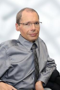Foto von Dr. Carlos A. Velasco