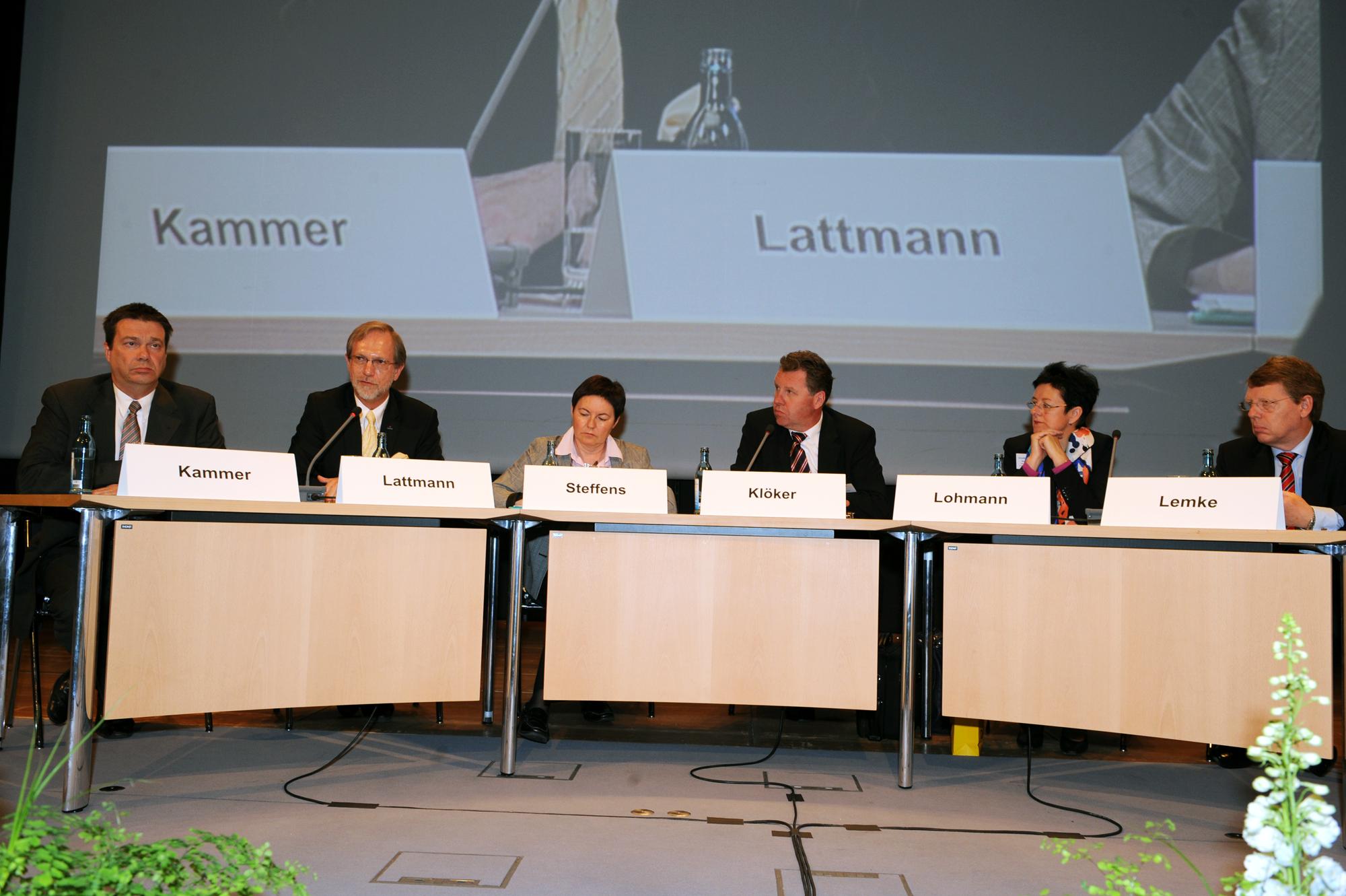 Kick-Off-Diskussion zum Thema Verwaltung neu Denken - zwischen Sparzwang, Effizienz und Open Government