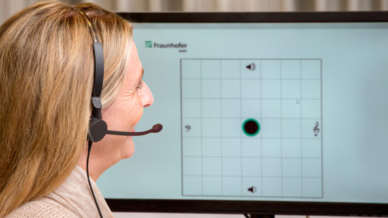 Über die intuitiv zu bedienende Benutzerschnittstelle lässt sich das Telefonsignal an Hörpräferenz und Hörvermögen individuell anpassen