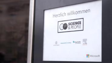 Die neue Veranstaltungsreihe »Science&People« lädt regelmäßig zum Austausch zwischen Forschern, Experten und der interessierten Öffentlichkeit.